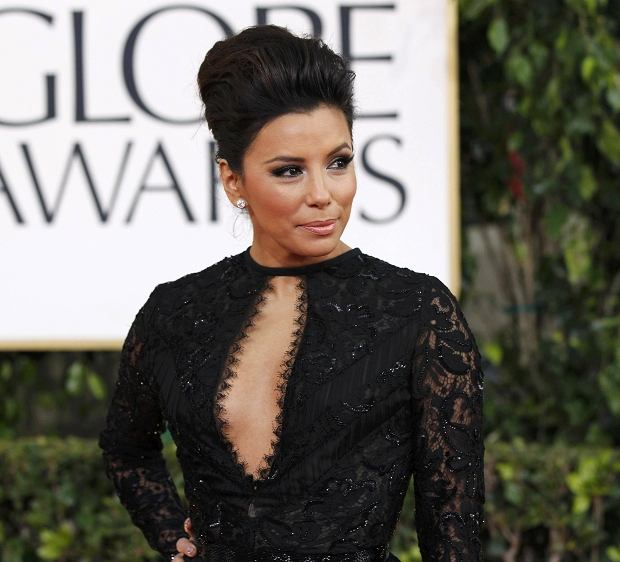 Actress Eva Longoria arrives at the 70th annual Golden Globe Awards in Beverly Hills, California, January 13, 2013.  REUTERS/Mario Anzuoni (UNITED STATES  - Tags: ENTERTAINMENT) (GOLDENGLOBES-ARRIVALS)