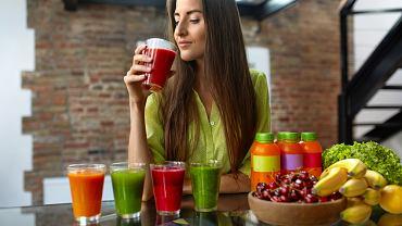 Oczyszczanie organizmu - najbardziej popularne są diety: sokowa, koktajlowa oraz jabłkowa