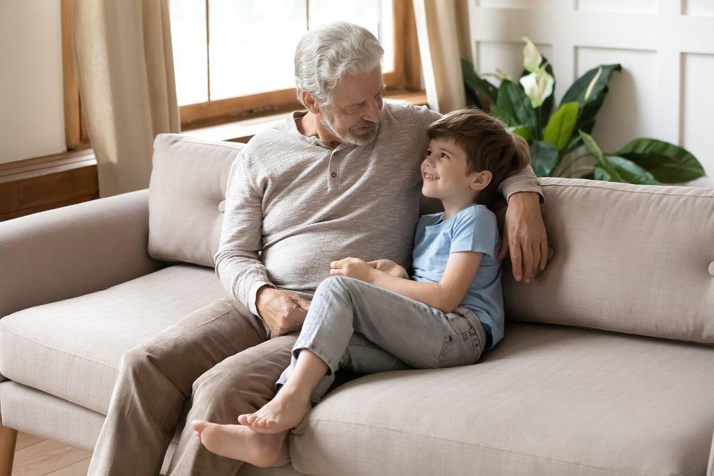 Życzenia na Dzień Dziadka 2021. Lista pięknych tradycyjnych życzeń i rymowanych wierszyków