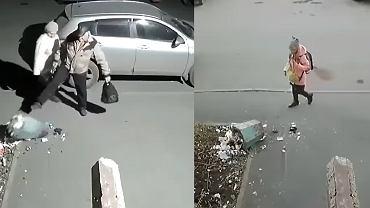 Sernior skopał śmietnik