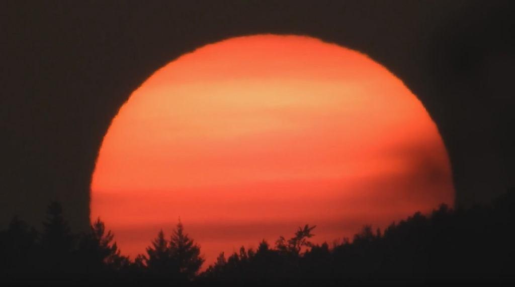 Apokaliptyczny zachód słońca nad Gdańskiem