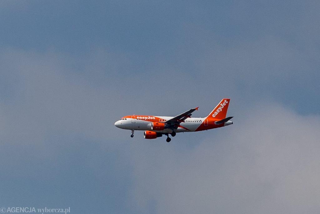 Londyn. Loty przekierowane przez zgłoszenie o dronie