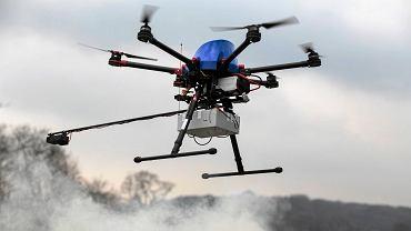 Marzec 2017, Błonia, test drona badającego zanieczyszczenie powietrza.