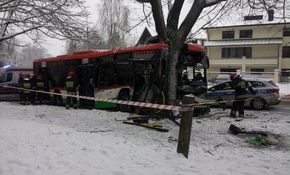Wypadek Autobusu Mpk Na Czechowie Kierowca Winny Ale Nie