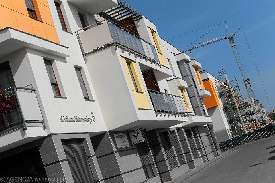 Bloki na osiedlu w Toruniu