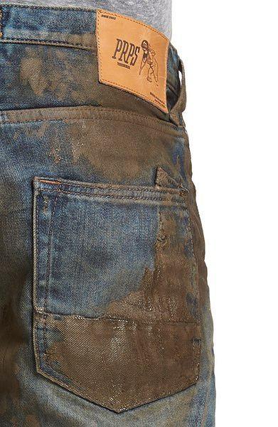 Plamy na tych dżinsach są podobno wykonane z materiału przypominającego w dotyku zamsz