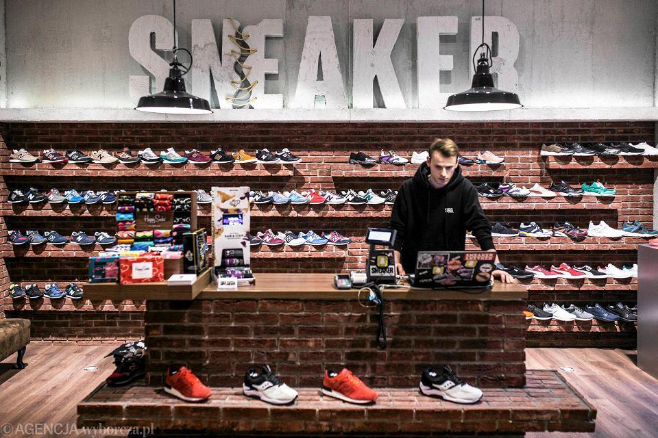 15 Najlepszych polskich sklepów ze sneakersami