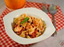 Pappardelle z łososiem i pomidorami - ugotuj
