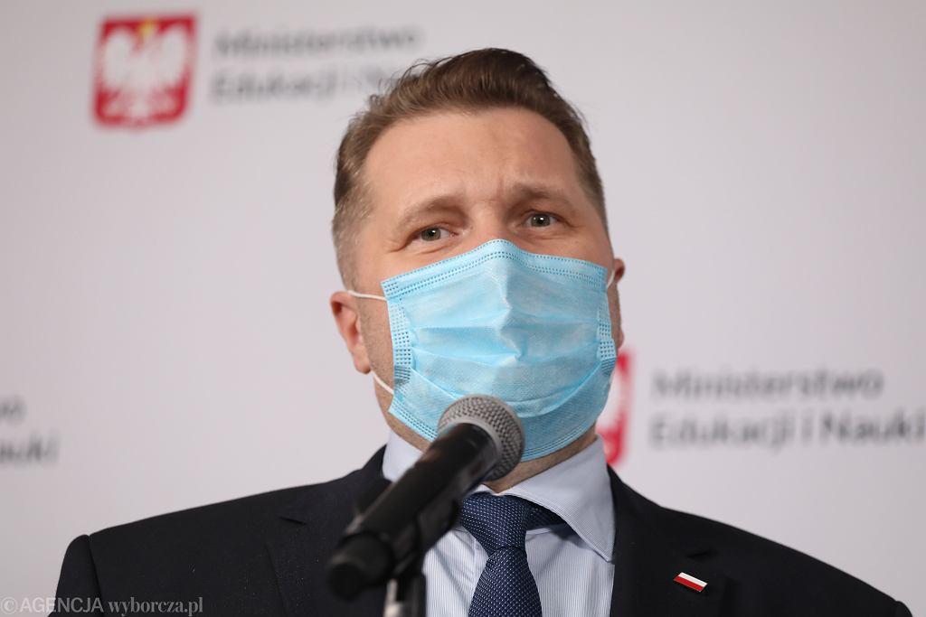 Minister Czarnek komentuje obawy uczniów przed powrotem do szkół