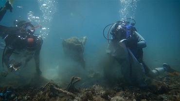 Uprzątnięciem 'rafy' zajęli się wolontariusze z Odrodzenia Morza Egejskiego