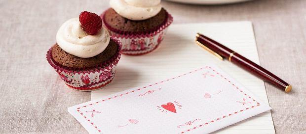 Babeczki i miłosne kupony - przewrotny pomysł na Walentynki