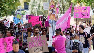 Britney Spears jest zakładniczką ojca.