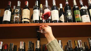 Sklep z winami - zdjęcie ilustracyjne