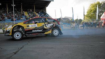 Krzysztof Hołowczyc (ford fiesta WRC) podczas prologu 17. Rajdu Warmińskiego