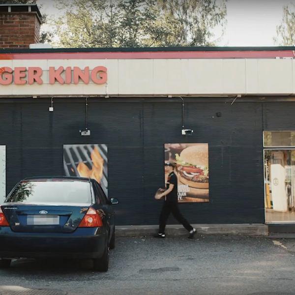 'Drive-thru' dla introwertyków. Burger King z opcją 'cichych' zamówień dla kierowców