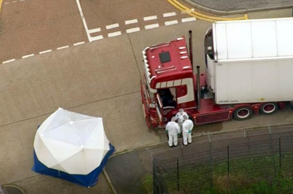 Wielka Brytania. 39 ciał w ciężarówce