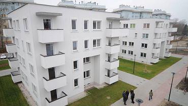 Mieszkania komunalne na osiedlu przy Jagiellońskiej na Pradze-Północ