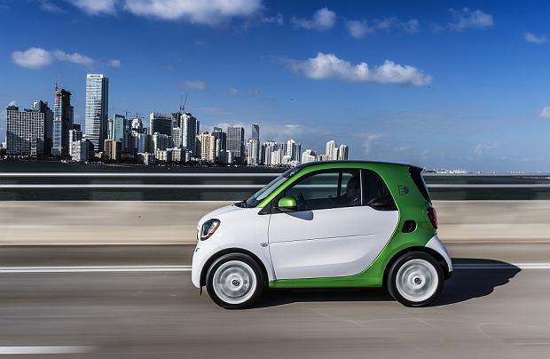 Smart Fortwo Electric Drive | Pierwsza jazda | Szersza perspektywa