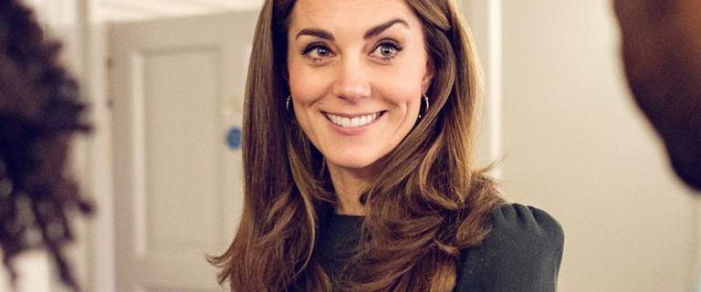 Księżna Kate w spódnicy z Zary za 79.99 zł! Zwierzęcy print to hit 2020 roku!
