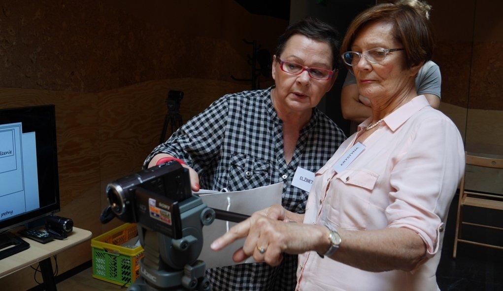 Seniorzy kręcą filmy