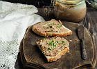 Pasztet z wątróbki bez pieczenia - czyli przepis na pyszną pastę do kanapek i przystawek