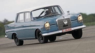 Rajdowy Mercedes W111
