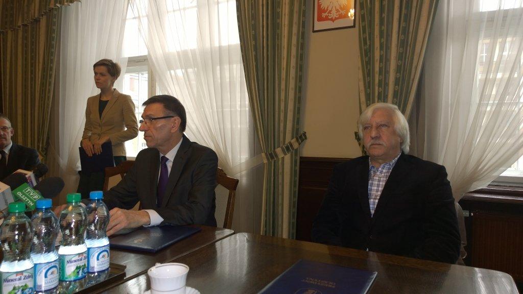 Prezydent Olsztyna Piotr Grzymowicz i prezes firmy Budoprzem Mirosław Purzycki