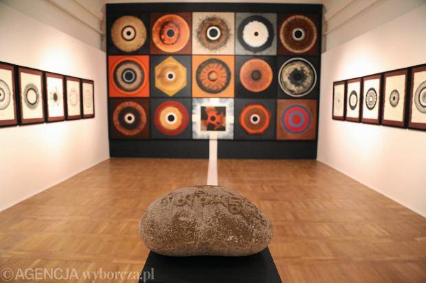 Wystawa malarstwa Andrzeja Strumiłło z cyklów '' Mandale '' i '' Twarze ''