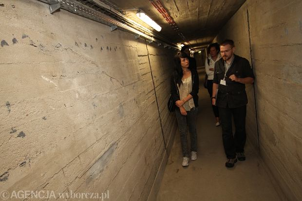 24.06.2011 BYDGOSZCZ , KIMBERLEY BAILEY W EXPLOSEUM , FABRYKA DAG . MISJA21 . FOT. KRZYSZTOF SZATKOWSKI / AGENCJA GAZETA