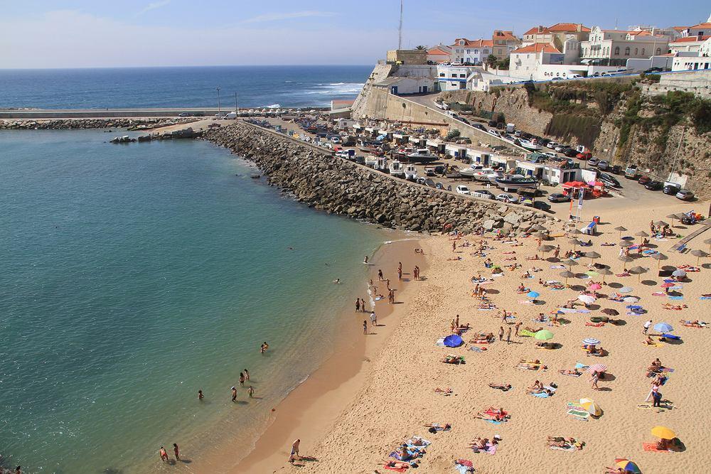 Limity na plażach i oznaczenia dla hoteli w Portugalii
