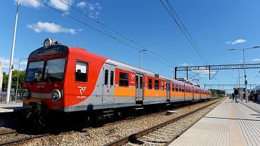 Z biletem na pociąg komunikacją miejską w Warszawie za darmo. Polregio i WTP łączą siły