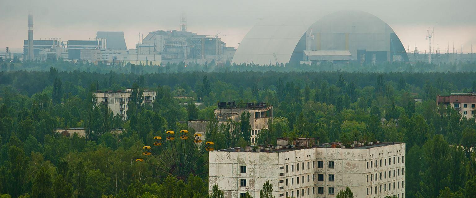 Widok na czarnobylską zonę (fot. Konung yaropolk / wikimedia.org / CC BY-SA 4.0)