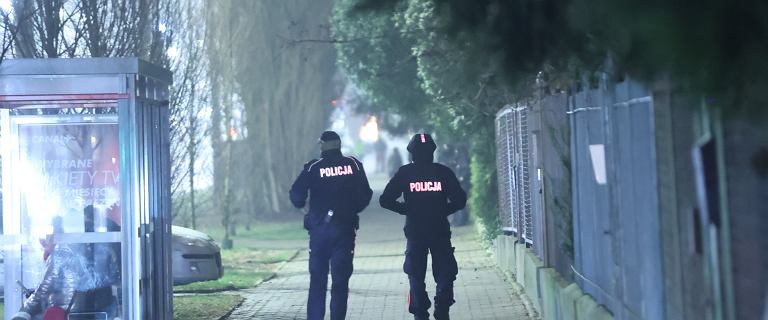 Policja pilnuje domu Kaczyńskiego. TVN24: Co najmniej 40 funkcjonariuszy