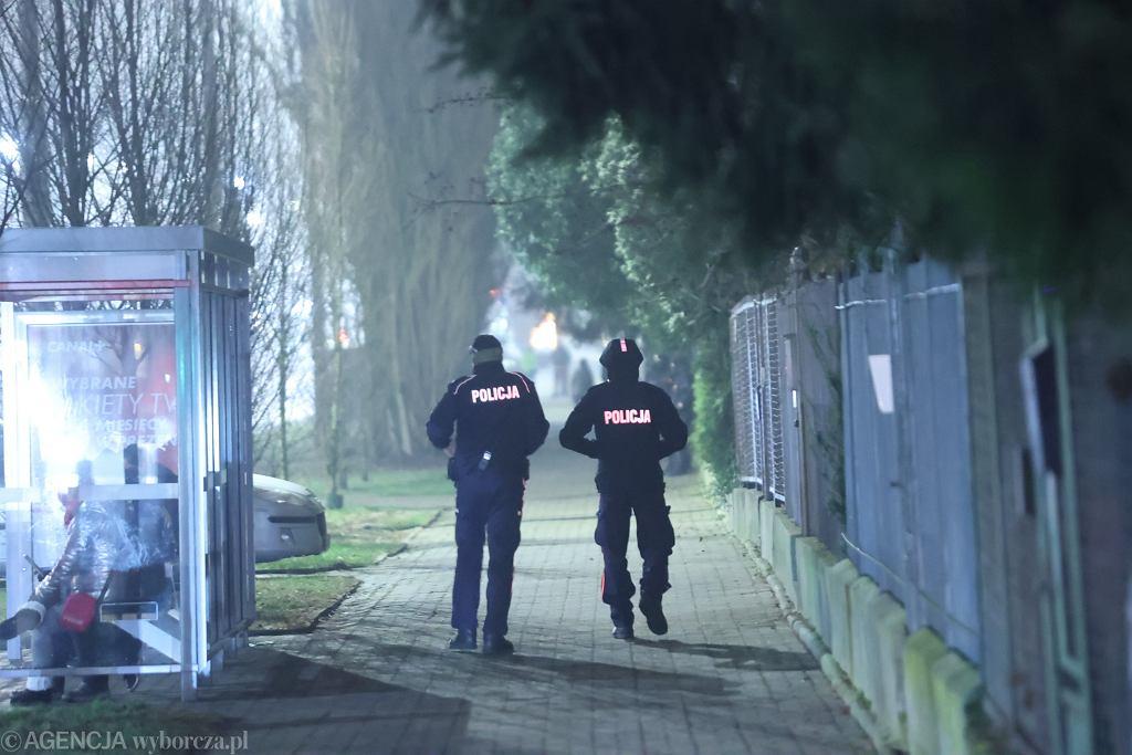 Sylwester. Policja pod domem Jarosława Kaczyńskiego