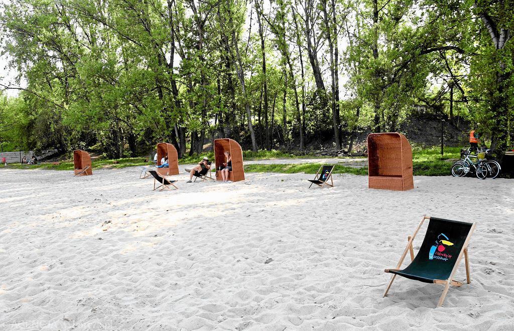 Plaża Żoliborz / KUBA ATYS