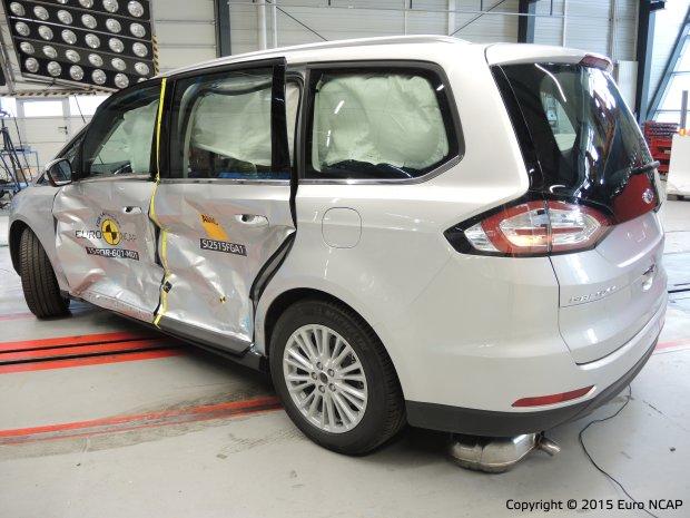 Ford Galaxy - test zderzeniowy