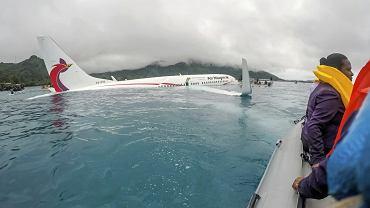 Mikronezja: awaryjne lądowanie samolotu na Ocenie Spokojnym