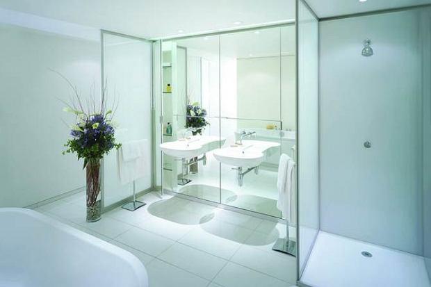 W łazience Zamiast Płytek Budowa Projektowanie I Remont