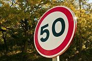 Od maja policjanci zatrzymali już ponad 32 tys. praw jazdy za przekroczenie prędkości o ponad 50 km/h w terenie zabudowanym