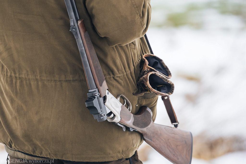 Strzelba myśliwska (zdjęcie ilustracyjne)