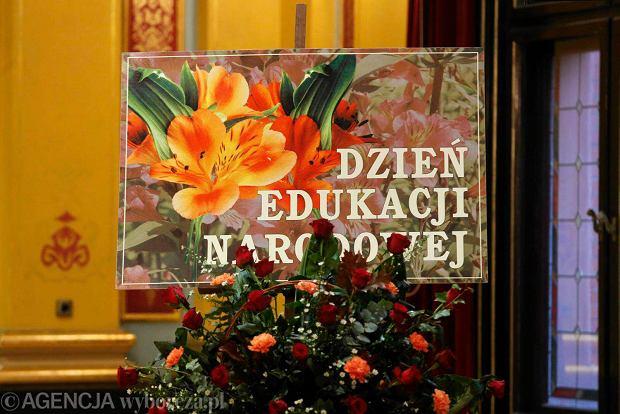 Uroczyste obchody Dnia Edukacji Narodowej , podczas których wręczono nagrody nauczycielom. ZDJĘCIE DO WKŁADKI: DLOTO strony lokalne GW - Toruń