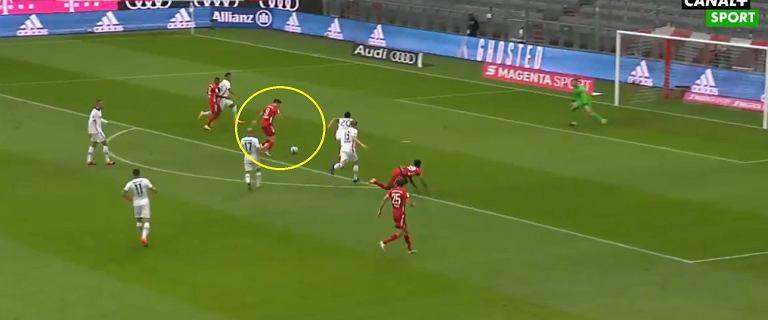 Tak strzela Robert Lewandowski! Hat-trick Polaka z Eintrachtem! [WIDEO]
