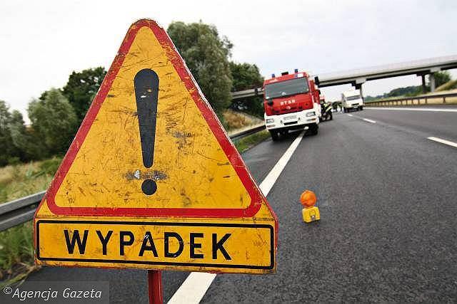 Wypadek busa w Iwli w powiecie krośnieńskim. Pięć osób zostało przewiezionych do szpitala (zdjęcie ilustracyjne)