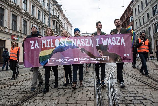 17 maja, jak co roku, odbędzie się wiele marszy i happeningów z okazji Międzynarodowego Dnia Przeciw Homofobii, Transfobii i Bifobii