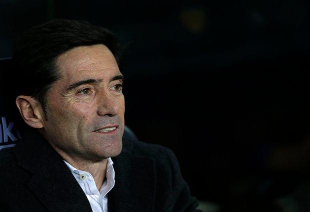 Przedziwne zwolnienie trenera w Valencii. Kapitan zespołu murem za szkoleniowcem