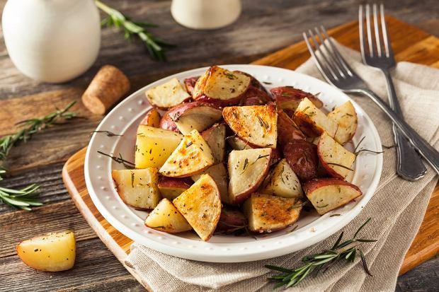 Czerwone ziemniaki z czosnkiem i rozmarynem - przepis