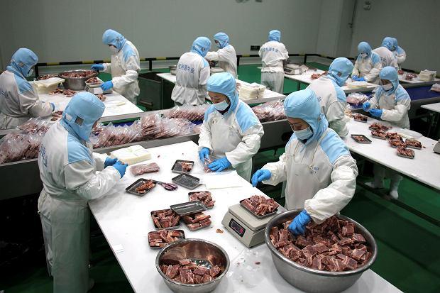 W pandemicznym roku PKB Chin wzrosło o 2,3 proc. Wyjątek w świecie