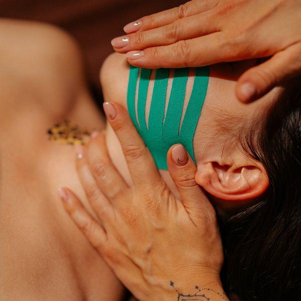 Kinesiotaping - świetny zabieg rehabilitacyjny oraz estetyczny