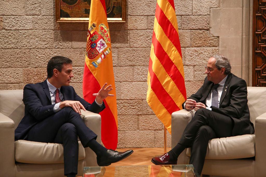 Premier Pedro Sanchez spotkał się z premierem Katalonii Quimem Torrą w Barcelonie.