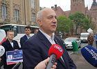 Wybory do Parlamentu Europejskiego 2019. Brudziński tłumaczy się z ciasteczek dla Ignasia, a przeciwnikom każe lizać banany